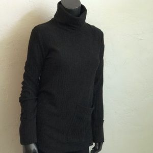 Zara Trafaluc turtleneck tunic sweater WITH POCKET